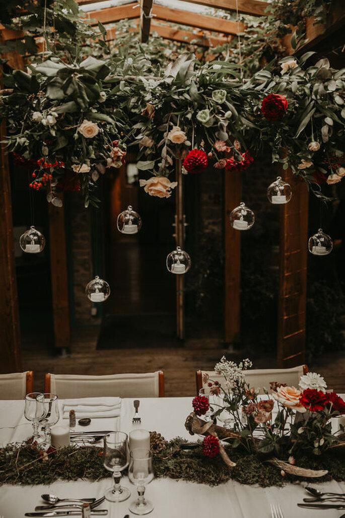 Bulles suspendues pour décoration de table de mariage