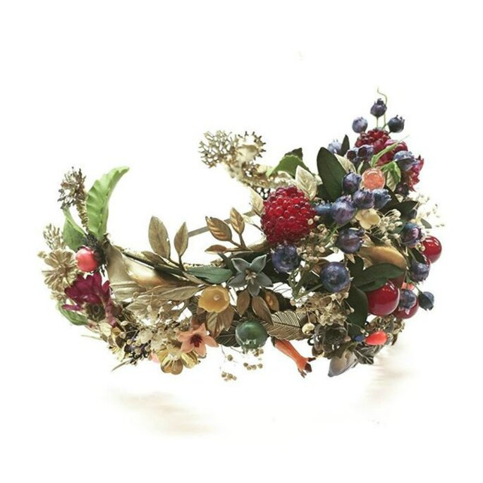 Coroa de flores, Suma Cruz.