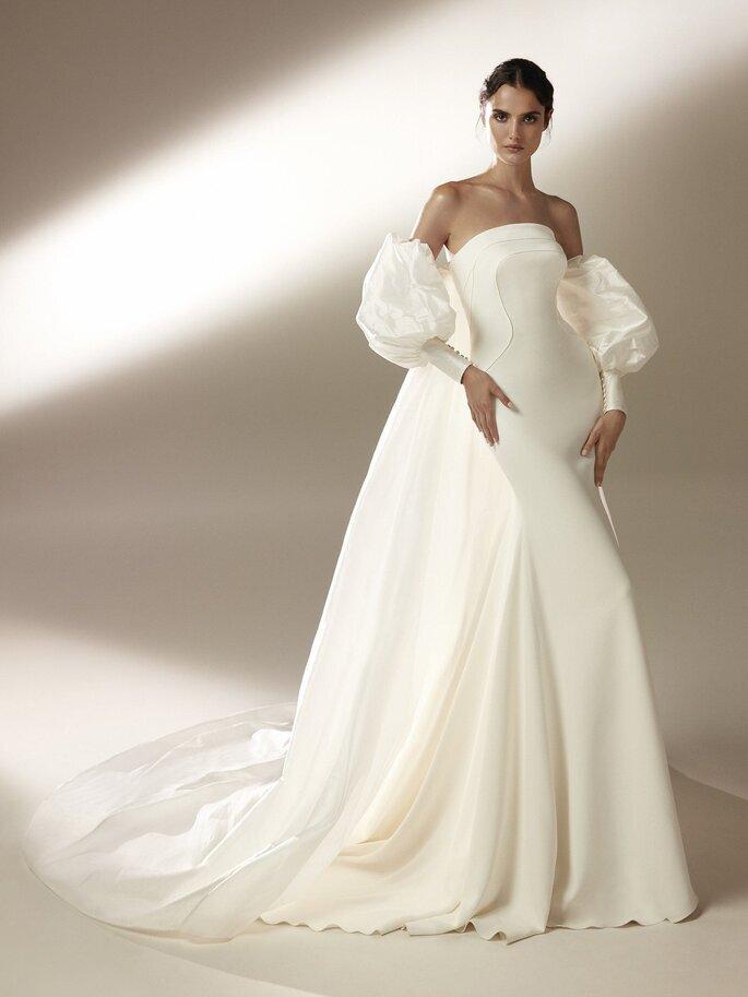 Robe de mariée avec des manches bouffantes