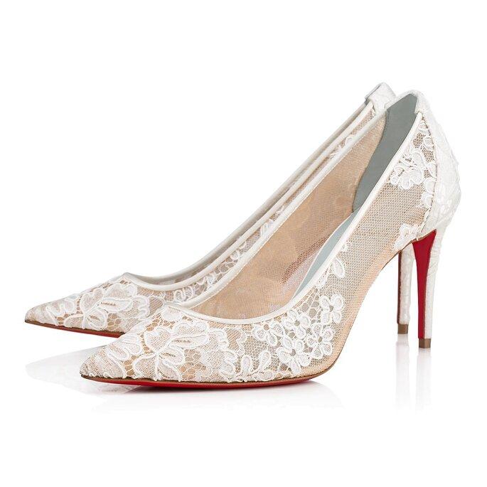 Zapatos de novia stilettos con encaje y apliques florales