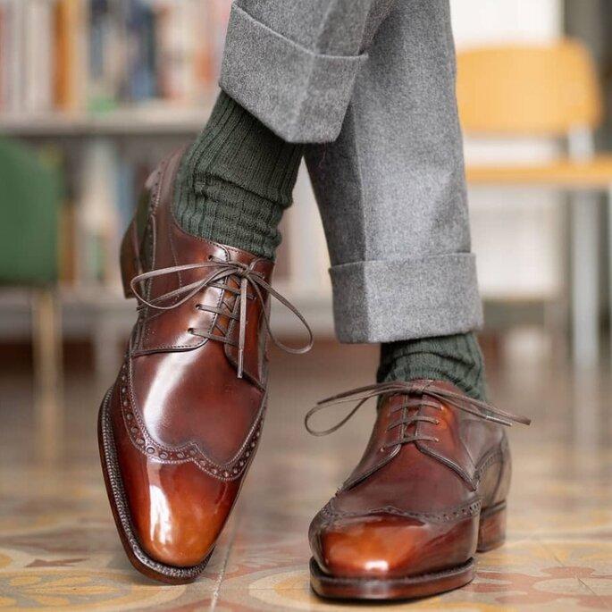 Zapatos para novio color café de estilo brogue