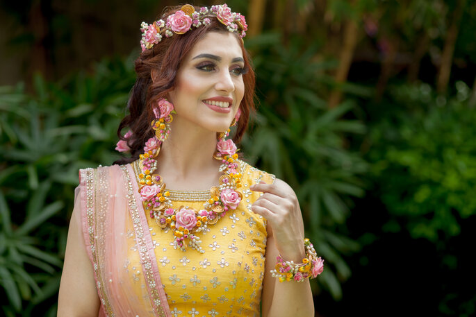 Credits: Floral Art By Srishti