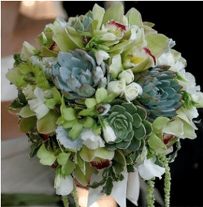 Ramo de novia ideal para una novia de invierno - Elizabeth Anne Designs