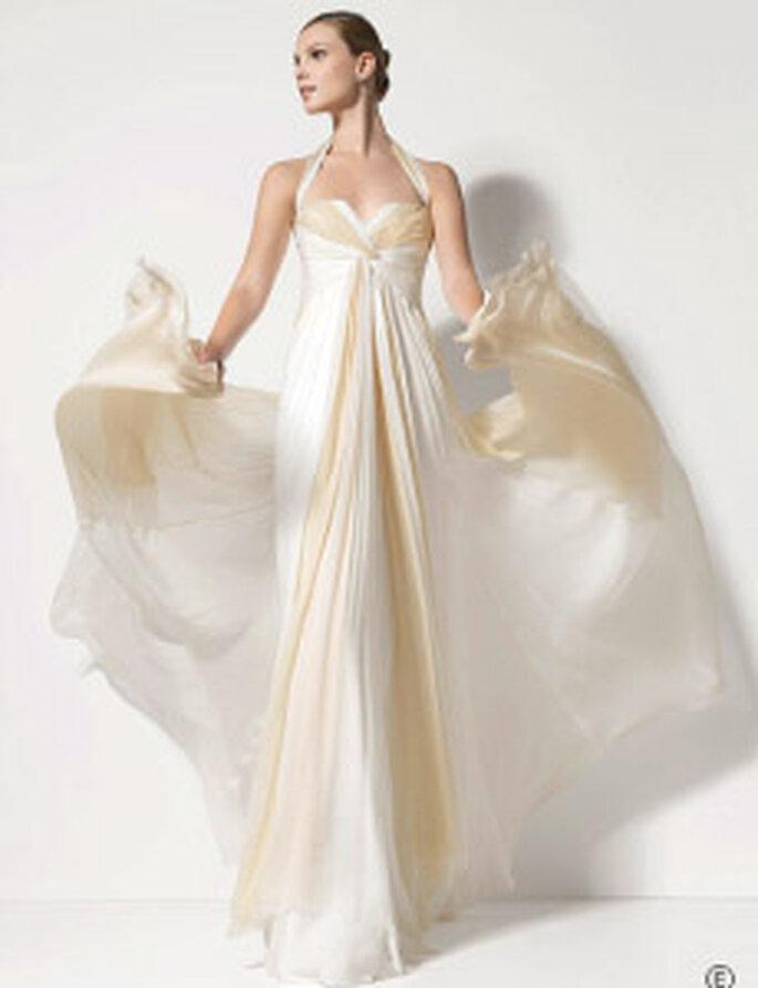 Jesús del Pozo - Promesa, vestido largo en gasa de seda plisada, corte imperio, escote halter en forma de corazón