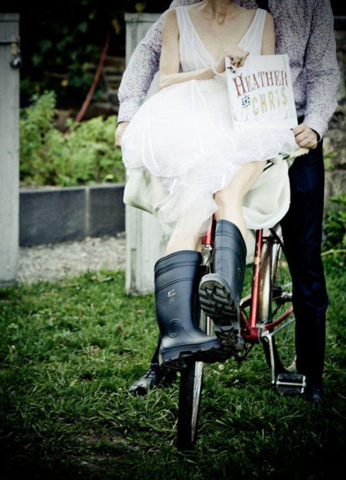 Elige un par de botas de lluvia para tu boda - Foto 4 Eyes Photography