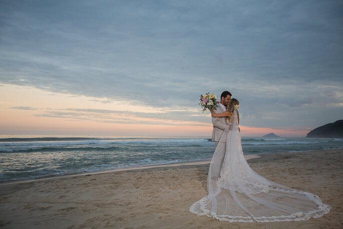 Noivos na praia
