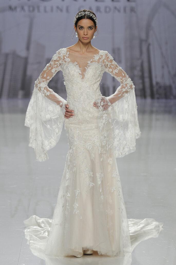 Vestido: Morilee Madeleine Gardner Foto: BArcelona Bridal Fashion Week