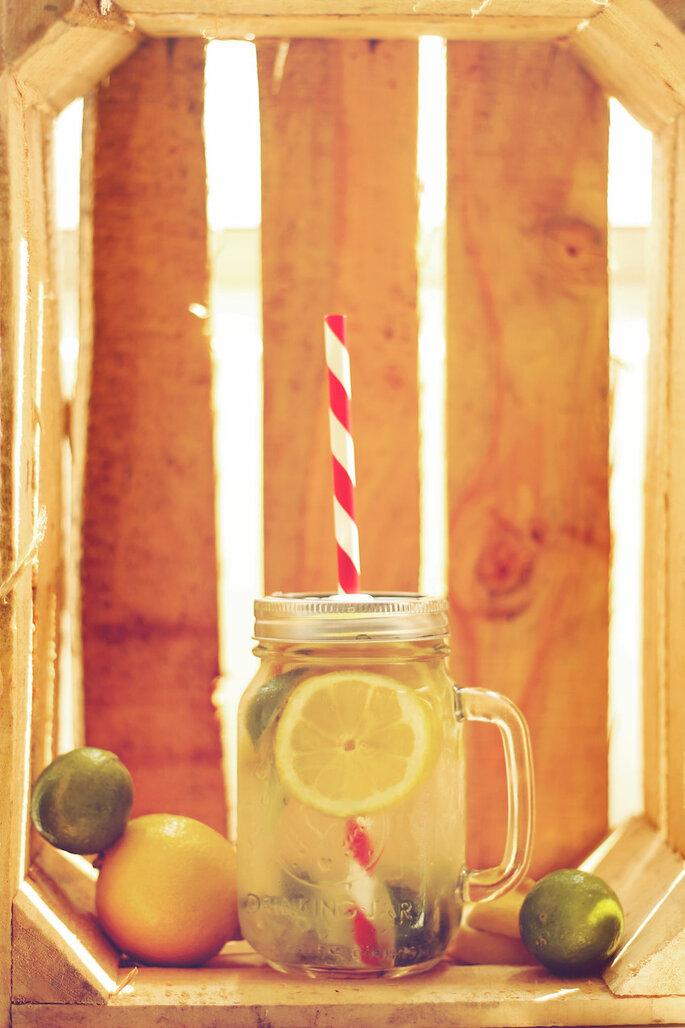 Las ideas más originales para usar los mason jars en tu boda - Amanda Adame