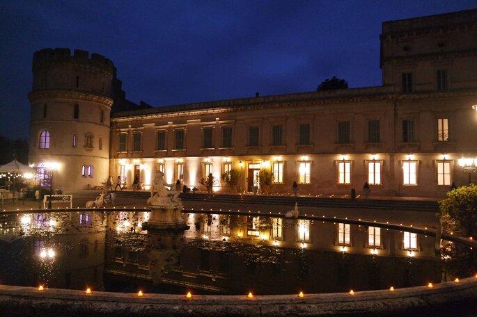 Un Château où célébrer votre mariage, illuminé la nuit