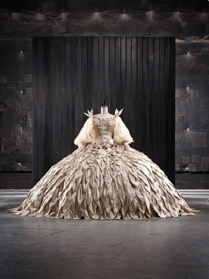 El vestido de novia de la película Blancanieves es una pieza de museo. Foto: Swarovski