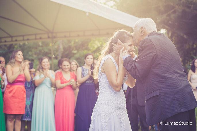 Cumprimento noiva