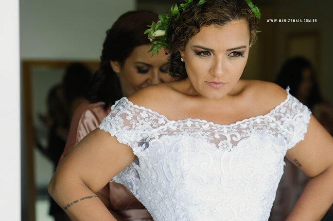 Vestido de noiva: Ateliê D. Graça | Foto: Muniz e Maia Fotografia