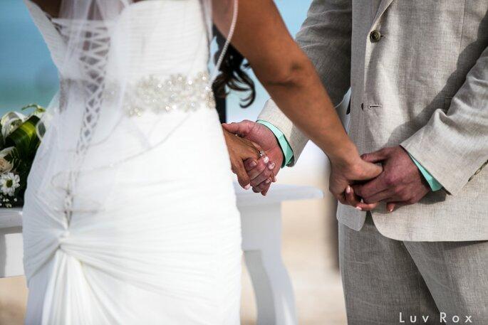 Wedding of Melissa + Alex, Photo: Luv Rox Photography