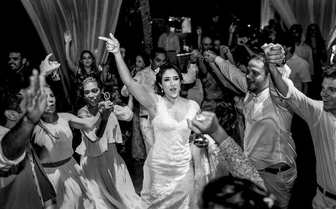 Alegria da noiva