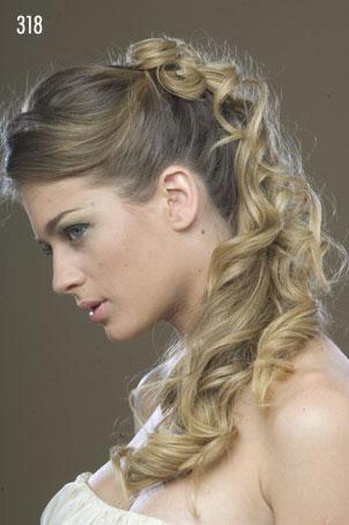 Haarteile können einfach an das eigene Haar angesteckt und anschließend gestylt werden – Foto:  Matias Rivara