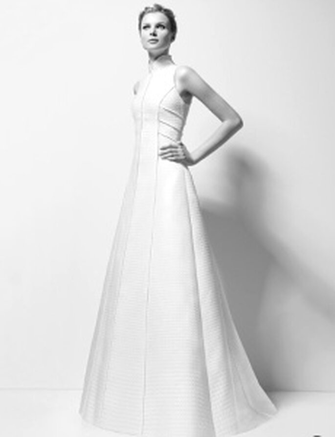 Karl Lagerfeld 2010 - Xandy, long dress with high neck and no sleeves