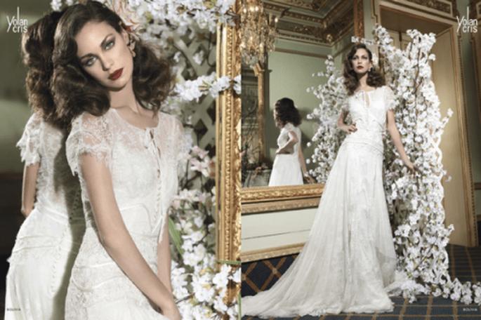 Vestido de novia estilo vintage con cauda y delicadas mangas - Foto YolanCris