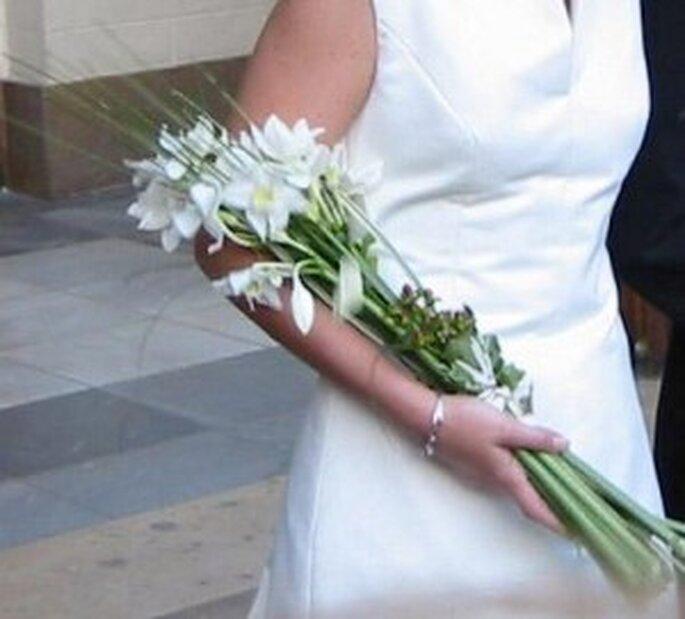 Una boda convencional pero diferente ramos de novia - Ramos de calas para novias ...