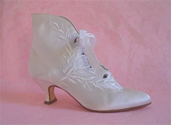 Anya bridal shoe by Peter Fox