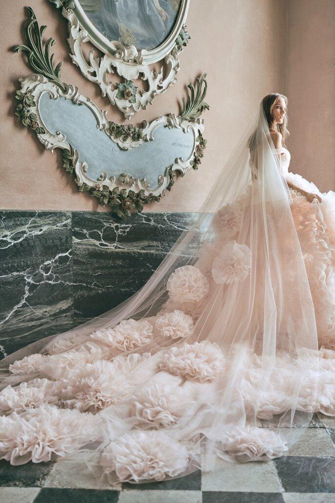 vestido de noiva colorido. Vestidos de noiva coloridos: seja diferente das outras!