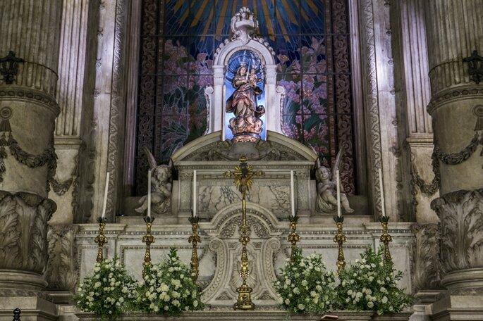 Anna Quast e Ricky Fotografia -decoração de altar de igreja católica