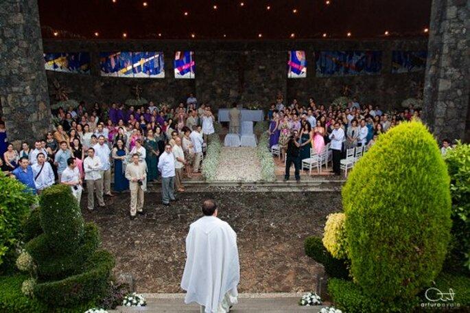 Lugar de la ceremonia religiosa - Arturo Ayala