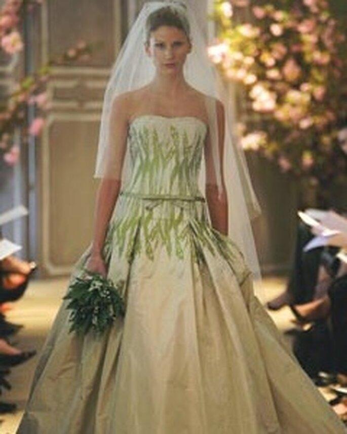 Vestido con detalles en verde