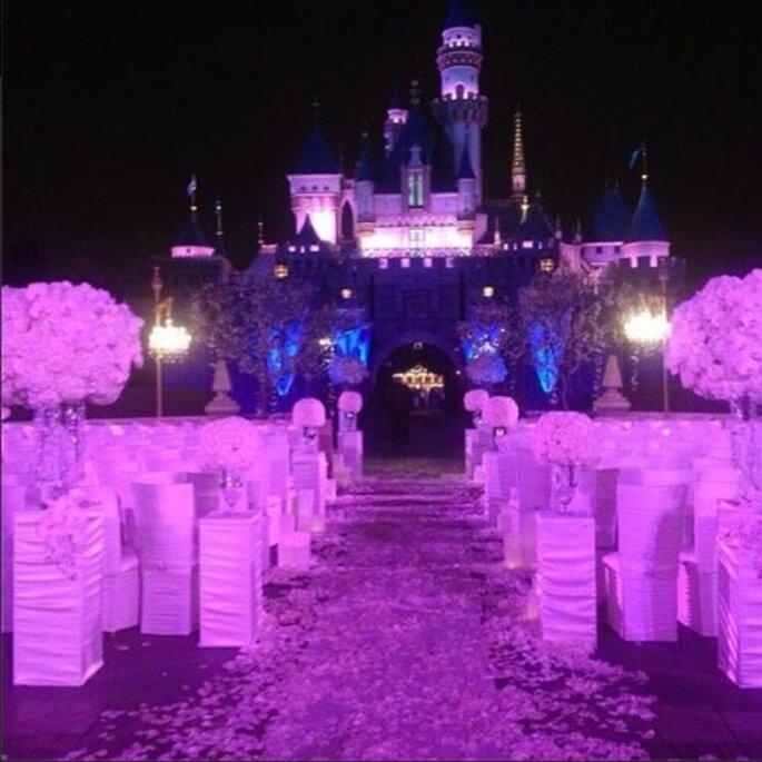 Hermosa decoración de boda en Disneyland - Foto Mariah Carey Twitter