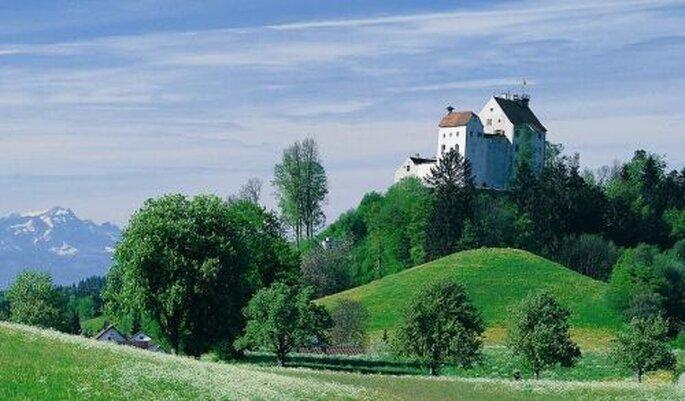 Ein malerischer Ort für einen Heiratsantrag - http://www.burghochzeit.com