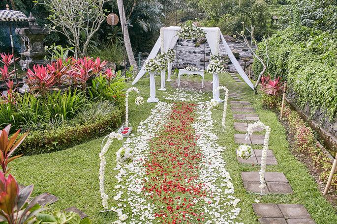 The-Samaya-Ubud-River-side-wedding