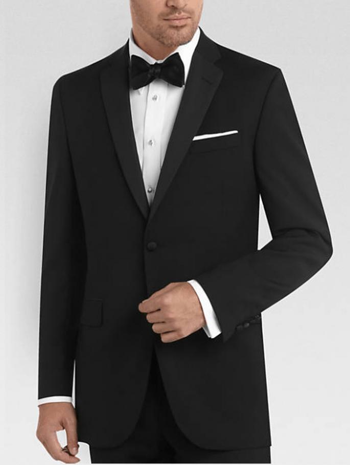 El frac y esmoquin son usados en boda con etiqueta rigurosa - Foto Men's Wearhouse