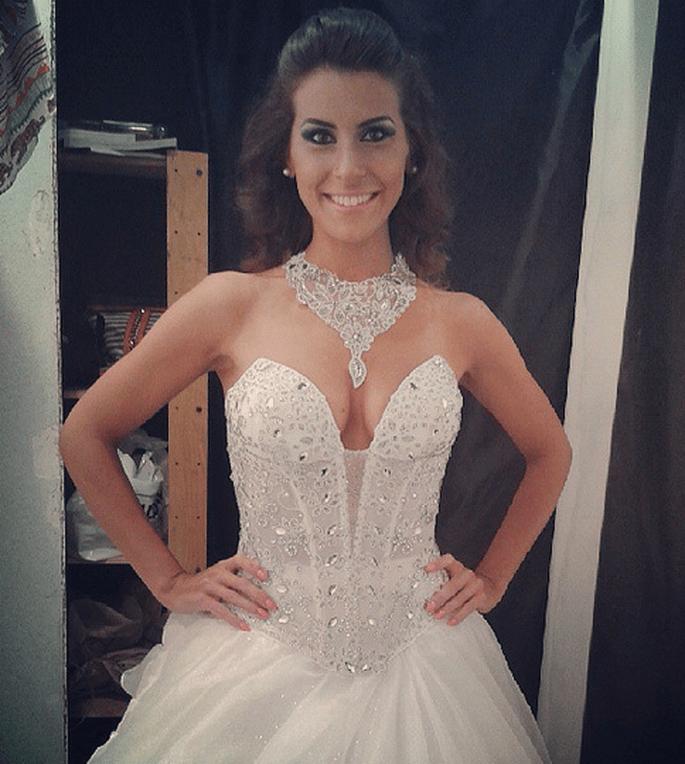 Funkelnde Steinchen verschönern die Brautkleider im Jahr 2014. Foto via Instagram