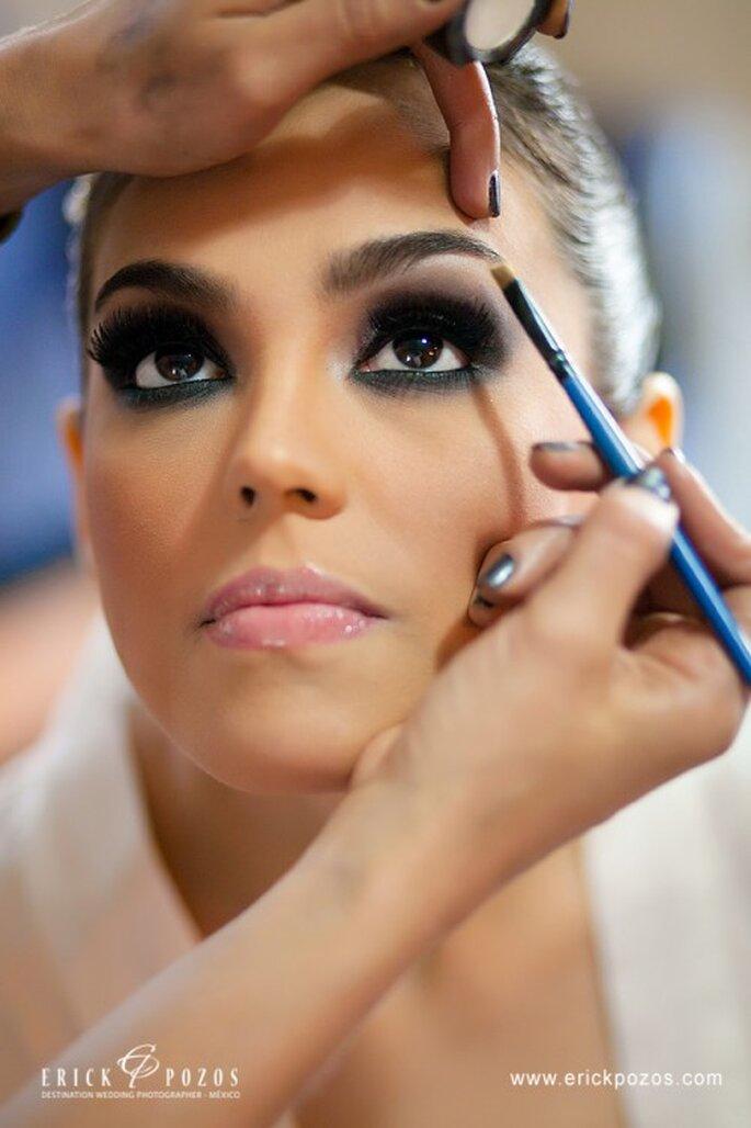 Mit einem Brauenstift wird die Augenbraue erst ausdrucksstark – Foto: www.erickpozosblog.com