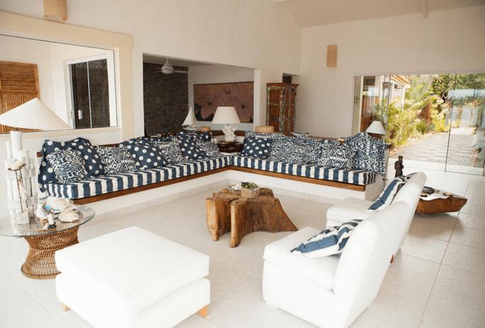 Linda sala de estar em praia de Búzios