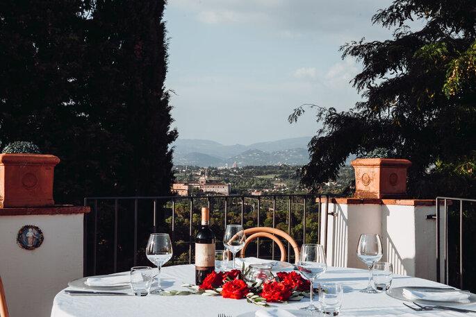Villa Castiglione - tavola in terrazza con vista