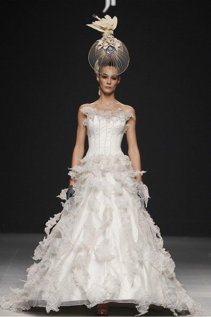 Vestidos de novia Jorge Terra 2012 - Ugo Camera / Ifema