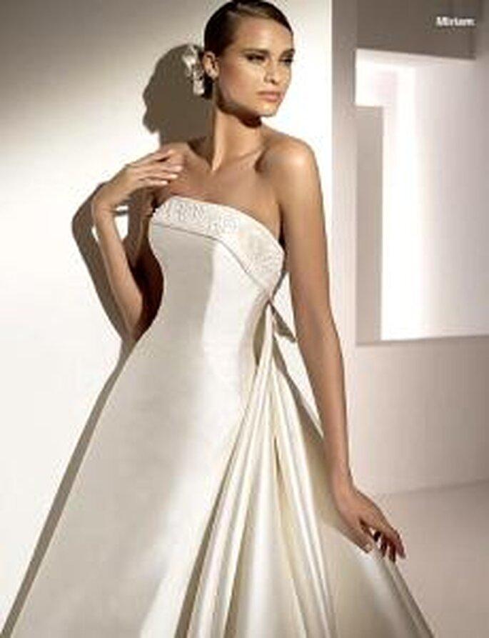 Pronovias 2010 - Miriam, vestido largo de corte princesa, escote recto, bordado en escote, liso