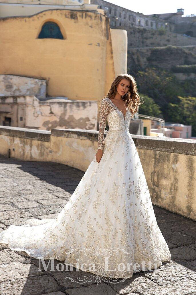 Robe de mariée empire avec des manches en dentelles