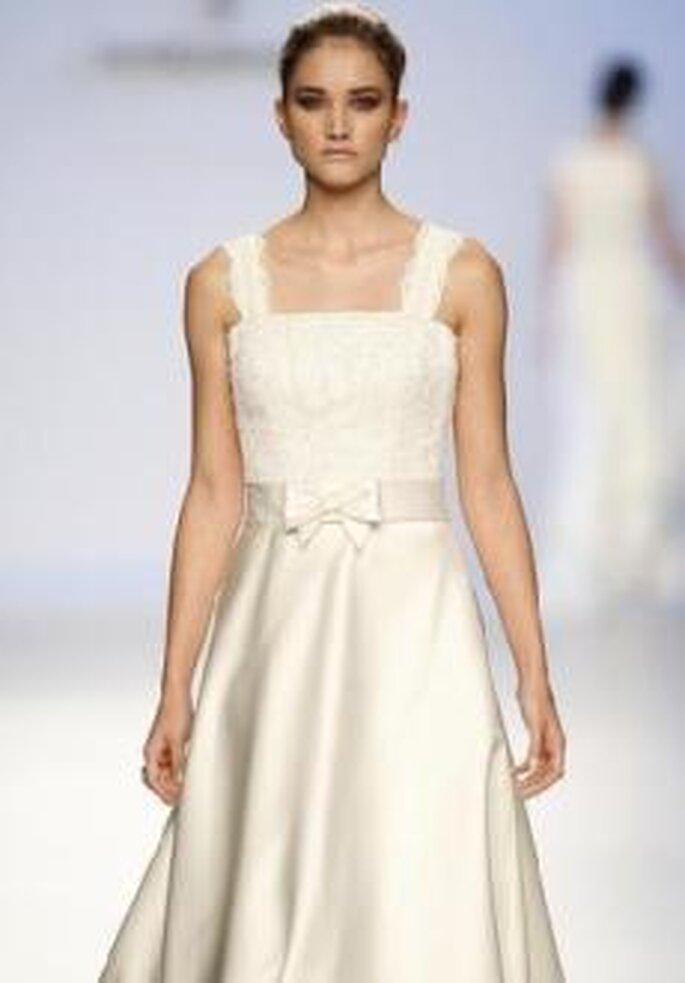 Colección de vestidos de novia Javier Larrainzar 2010