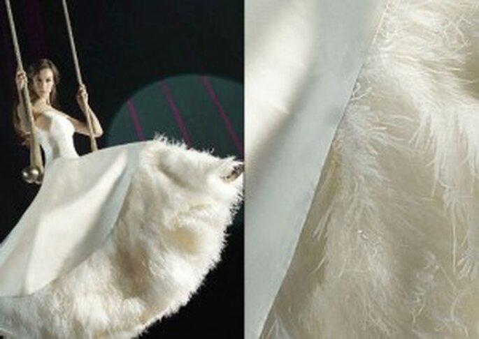 Robe de mariée à plumes Teresa Helbig