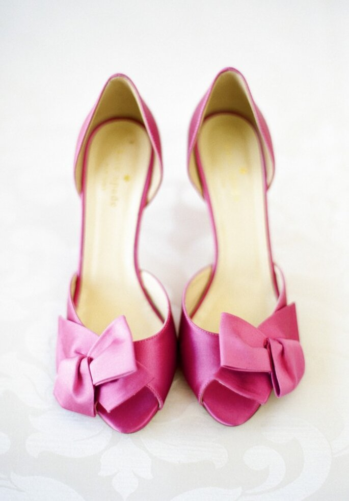 Zapatos de novia en lindos colores - Sweet Tea Photography