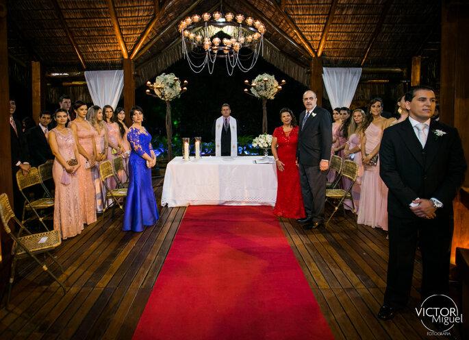 casamento romântico no Lajedo