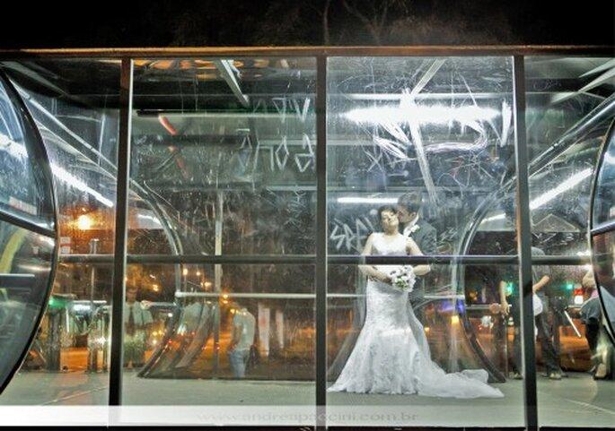 Fotografía de boda en zona industrial. Fotografía Andrea Paccini