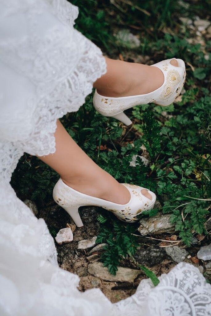 Sapato aberto à frente