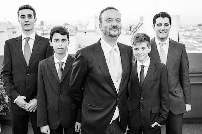 Los hijos de Rosana y de Francisco con el novio en la boda. Foto: Sergio Cueto