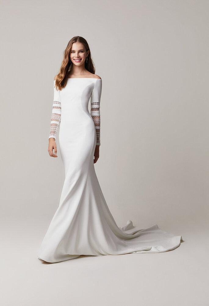 vestido de noiva branco com corte sereia e decote barco