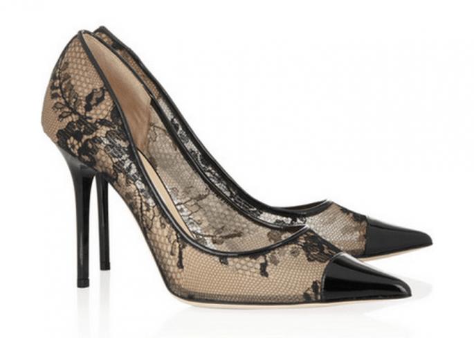 Zapatos de tacón en color negro con encaje de Jimmy Choo - Foto Net A Porter