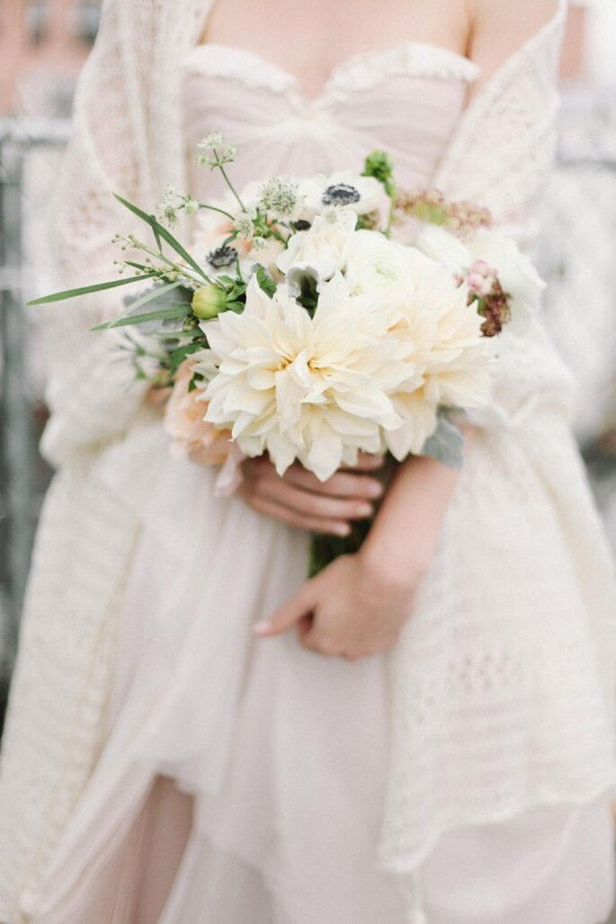 Un ramo de novia perfecto para tu estilo - Foto Feather and Twine Photography