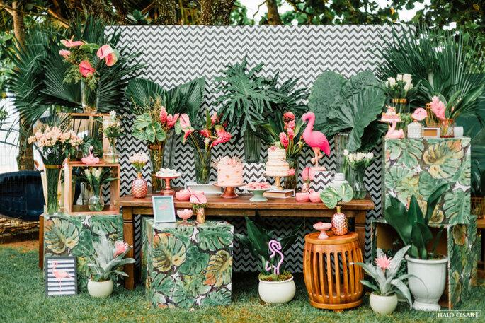 Decoração tropical mesa de doces
