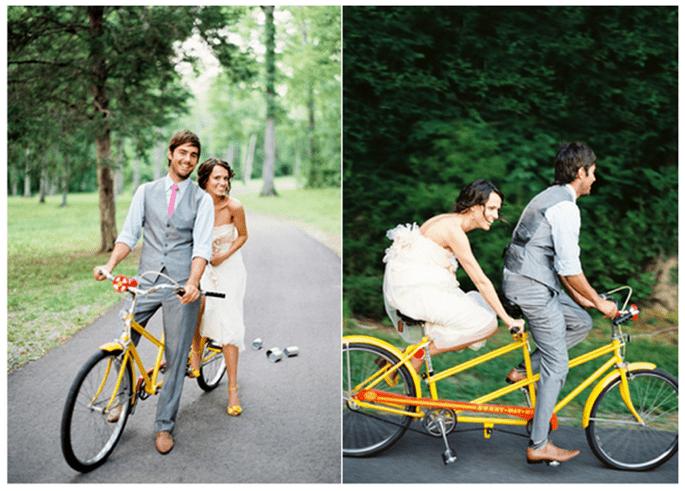 Fotos de boda con bicicletas - Foto Jose Villa